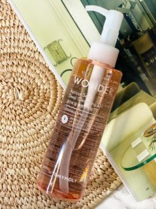 TONYMOLY WONDER APRICOT SEED DEEP CLEANSING OIL REVIEW